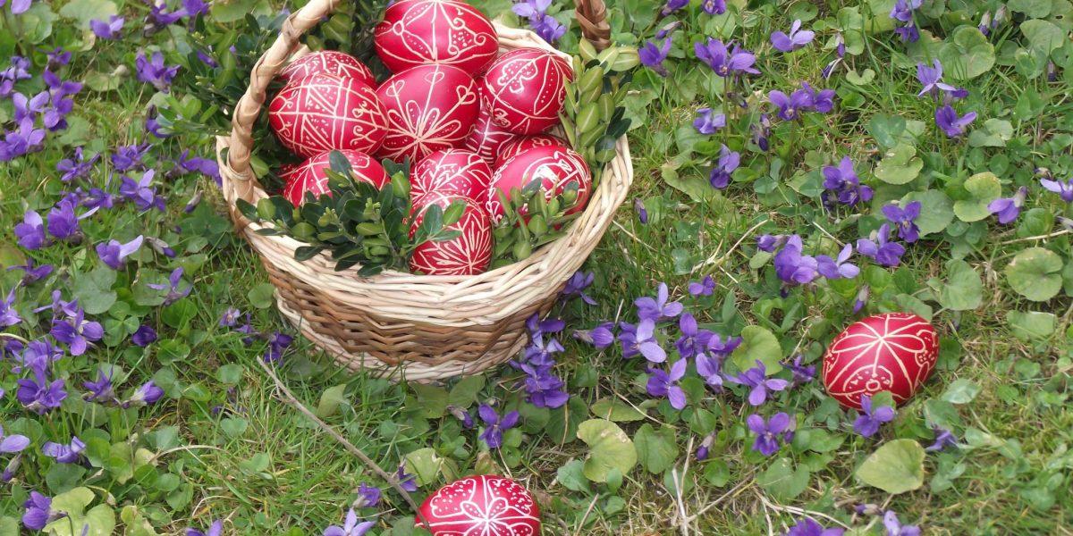 Húsvétváró foglalkozás Boros Erzsébet népdalénekessel (Fotó: Boros Erzsébet)