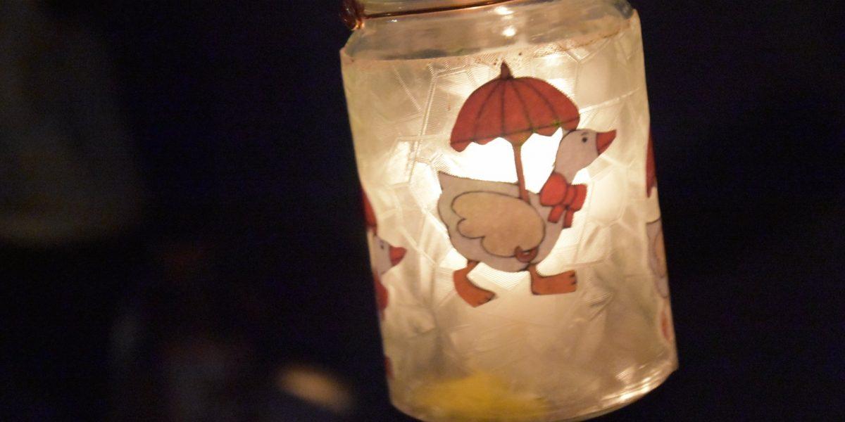 Márton-napi lámpás felvonulás a Mesepadlásban (Fotó: Facebook/ifj. Pócs János)
