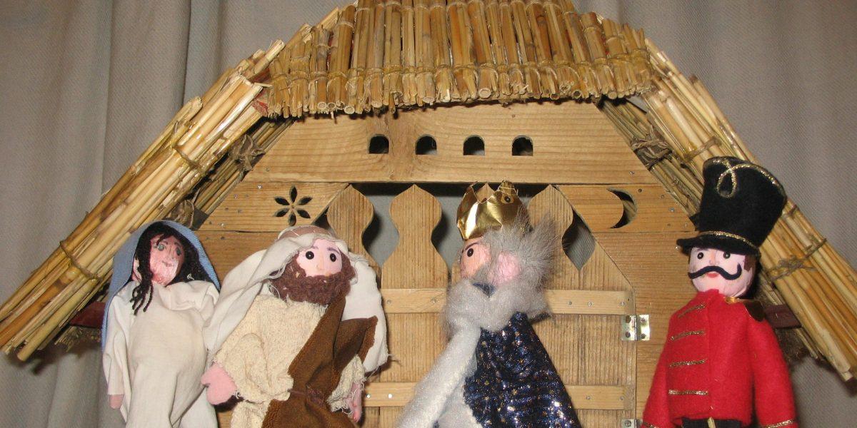 Keljfeljancsi Komédiás Kompánia betlehemes bábjátéka (Fotó: Keljfeljancsi Bábszínház)