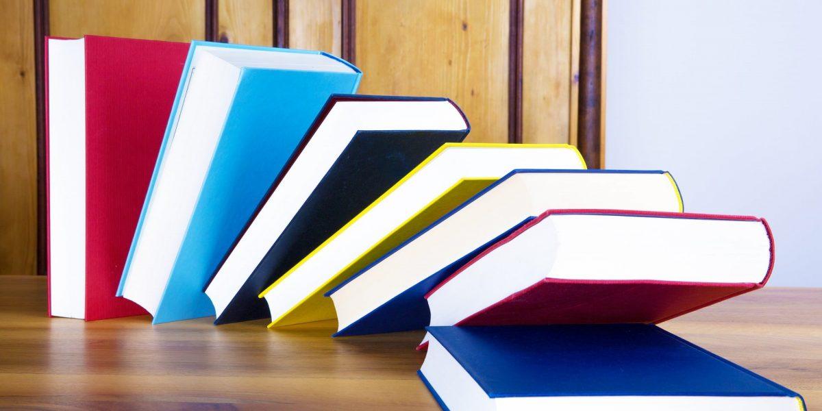 Humor az irodalomban - könyvek (Fotó: Pixabay)