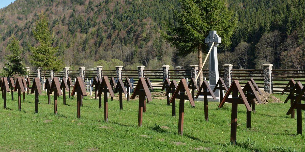 Az úzvölgyi katonai temető (Fotó: MTI/Kátai Edit)